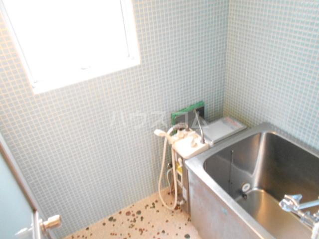 鈴木ビルデンス 104号室の風呂