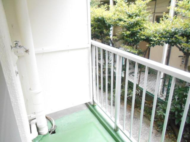 鈴木ビルデンス 104号室のバルコニー