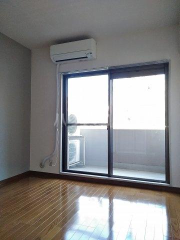 パレス町田 115号室の居室