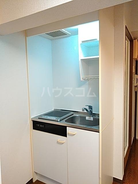 ダイヤモンドビル高田馬場 204号室のキッチン