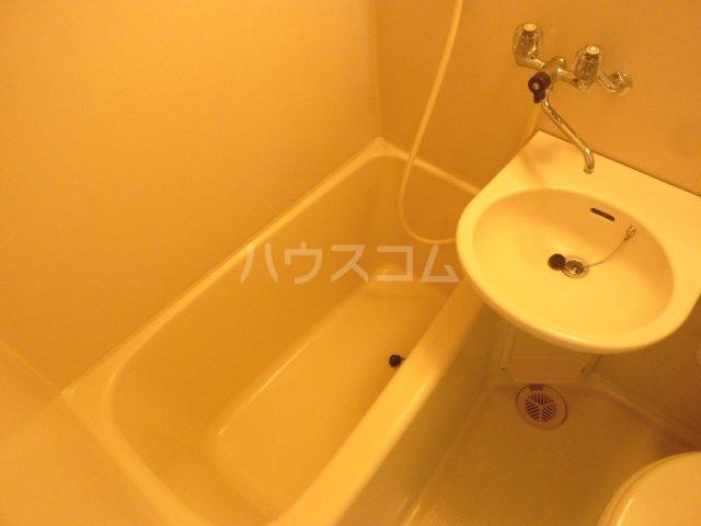 avocet船橋 201号室の風呂