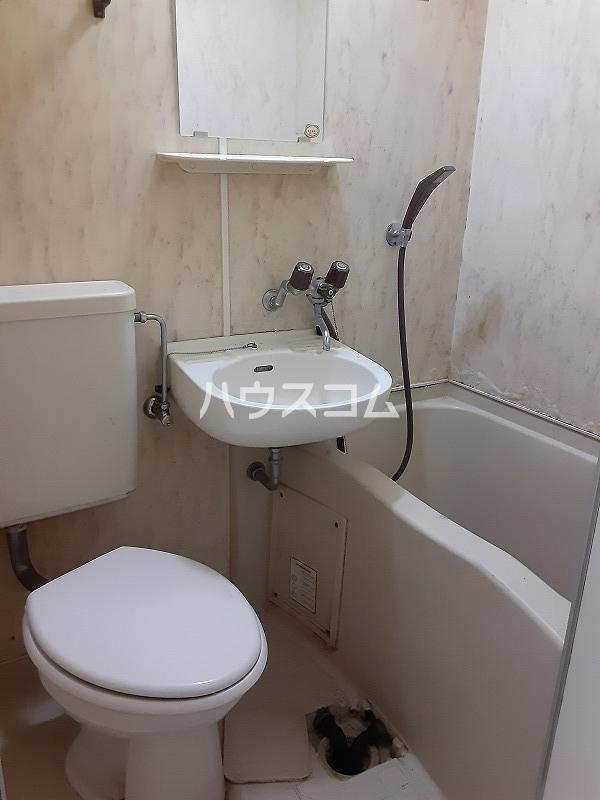 ユースフル下落合 206号室の風呂