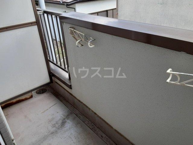 パレドール武蔵野台Ⅱ 212号室のバルコニー