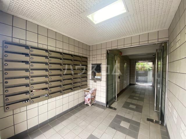 パレドール武蔵野台Ⅱ 212号室のエントランス