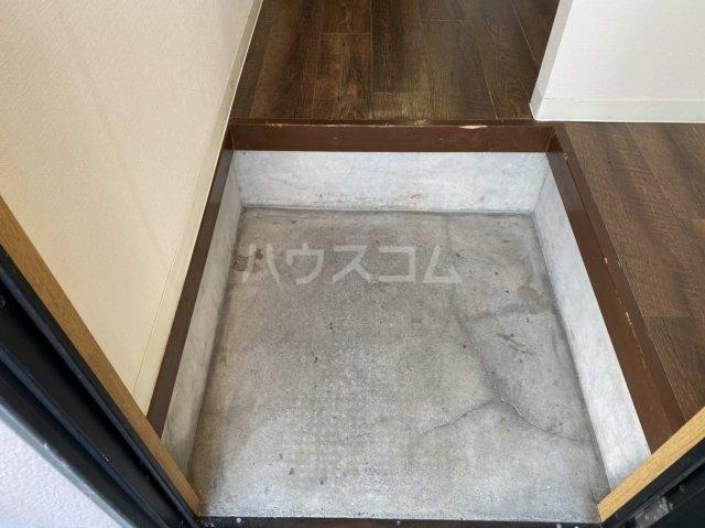 コーポさつき2 102号室の玄関