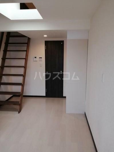 FULL HOUSE入江外観写真