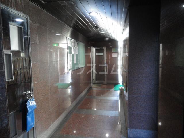 ラ・フォーレ池上 6A号室のエントランス