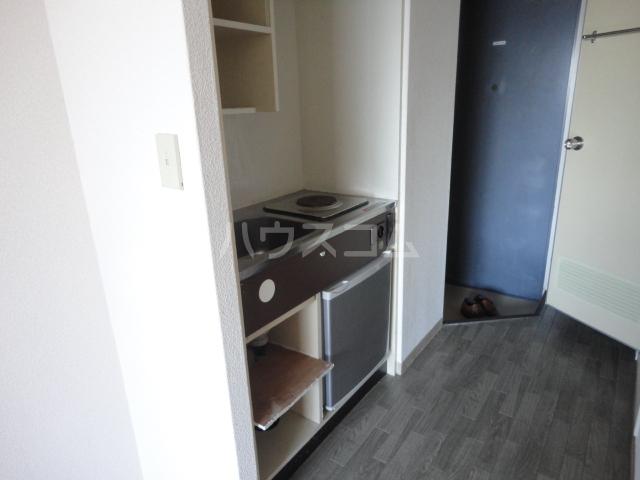 ラ・フォーレ池上 6A号室のキッチン