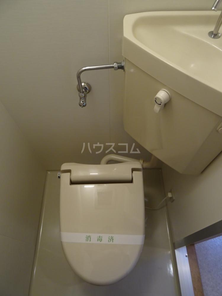 ウインディレイ 105号室のトイレ