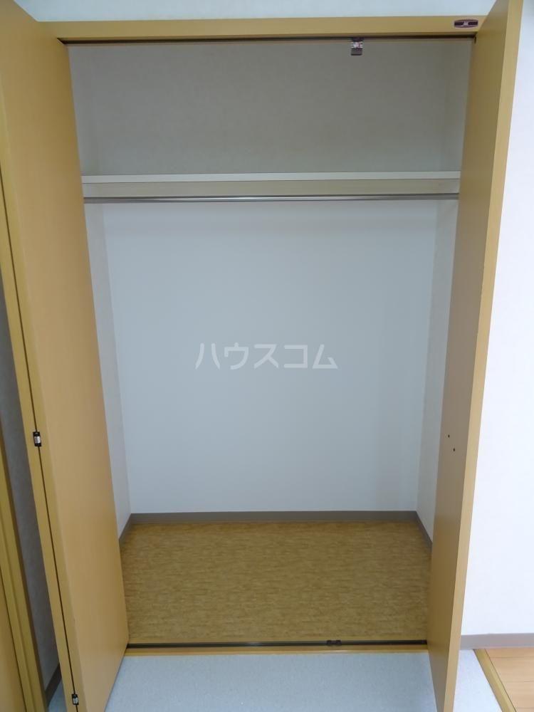 ウインディレイ 105号室の収納