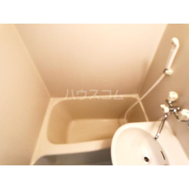 リモード本厚木A 107号室の風呂