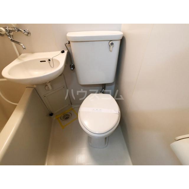 リモード本厚木A 107号室のトイレ