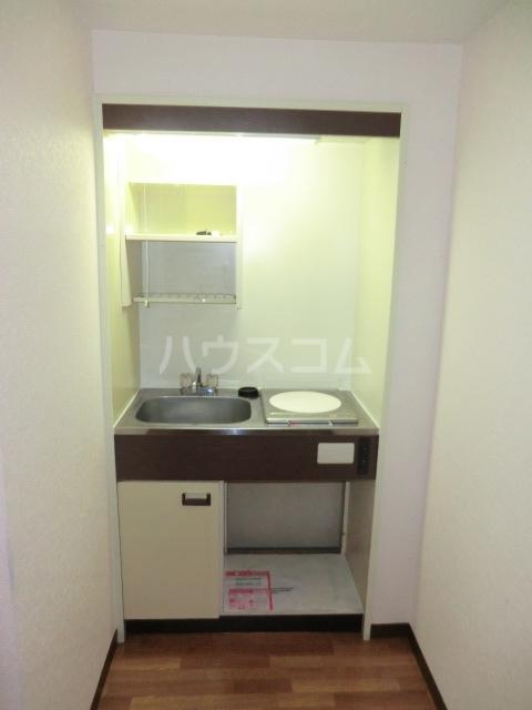 ユウパレス穴田 5C号室のキッチン