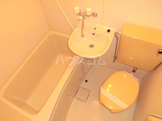 ユウパレス穴田 5C号室の風呂
