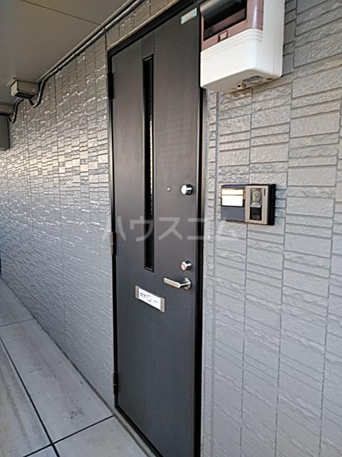 プリシェールミレニアムⅠ 206号室の玄関