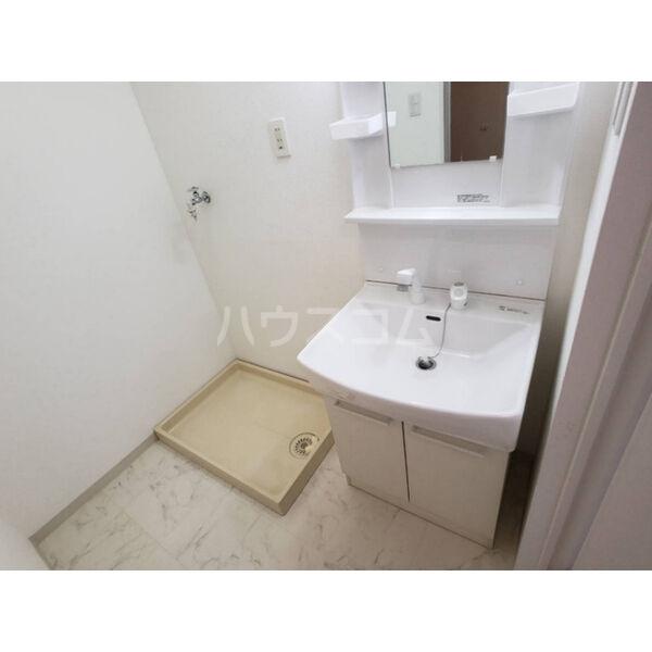 トーワピア戸祭 401号室の洗面所