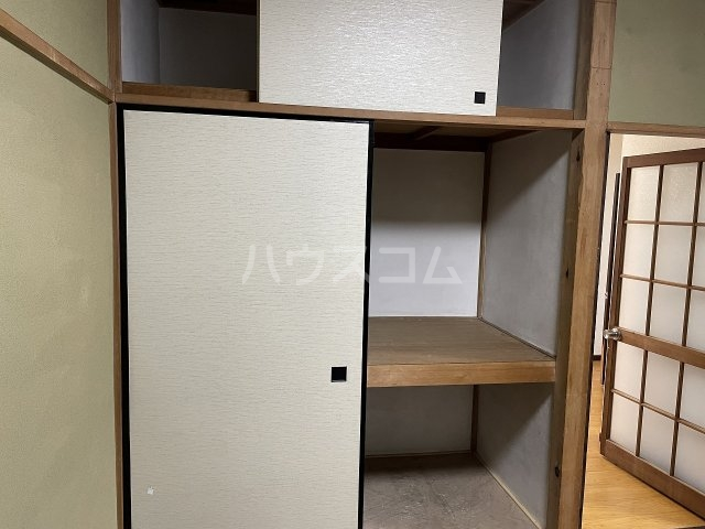 福寿荘 1-D号室の収納