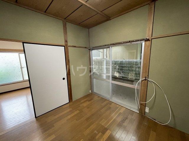福寿荘 1-D号室のバルコニー