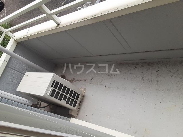 COM′S-1 202号室のバルコニー