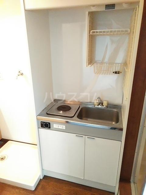 アップルハウスⅡ 102号室のキッチン