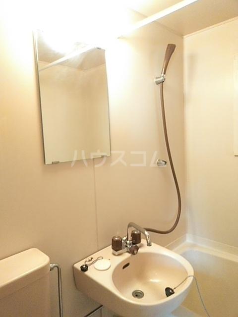 アップルハウスⅡ 102号室の洗面所