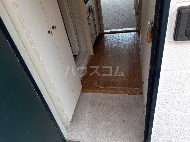 Azur新守山 206号室の玄関