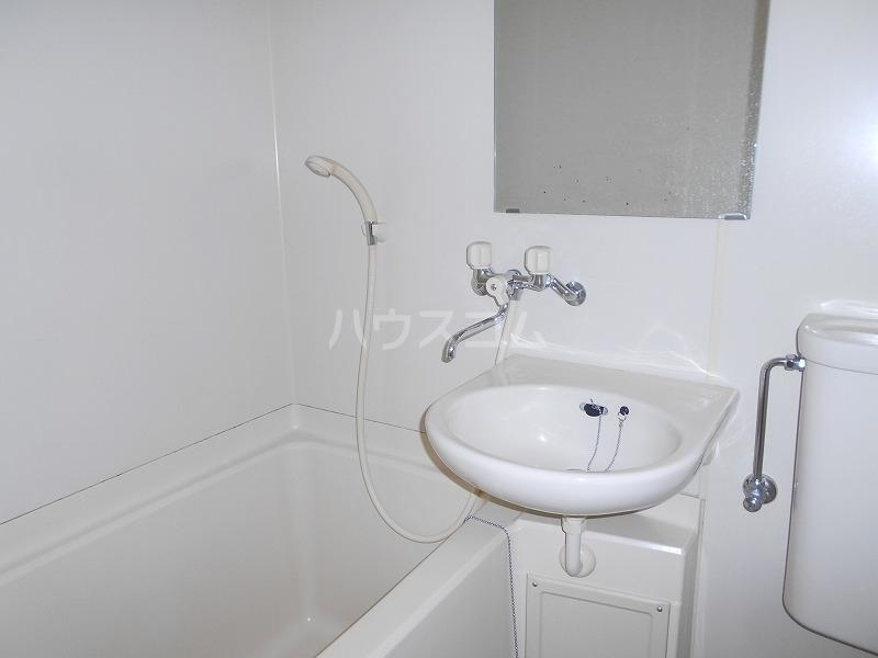 仙台屋ビル 202号室の風呂