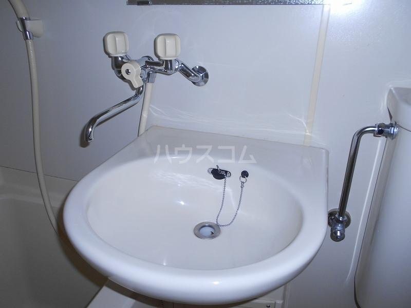 仙台屋ビル 202号室の洗面所