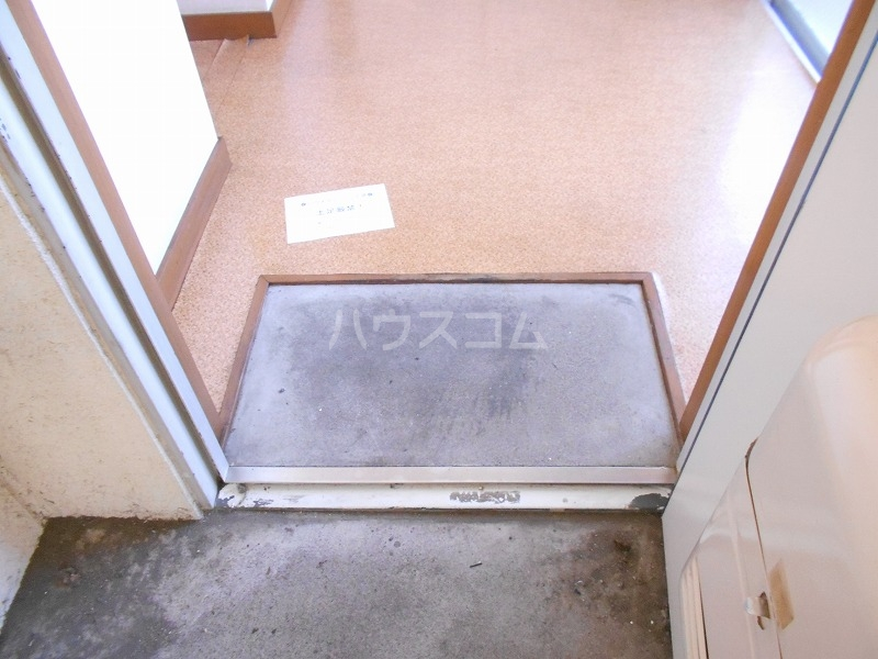 仙台屋ビル 202号室の玄関