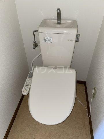ラファール苗田 303号室のトイレ