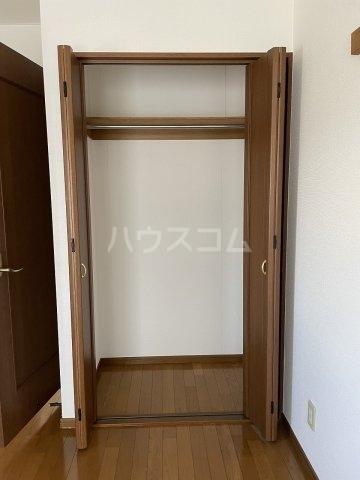 ラファール苗田 303号室の収納