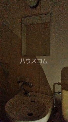 守山アートハイツ 2E号室の洗面所