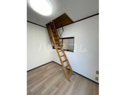 JNハイツ 201号室のベッドルーム