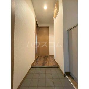山名屋ビル 503号室の居室