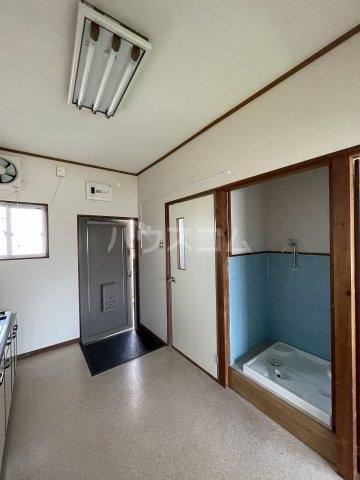 コーポ岡田 305号室のリビング