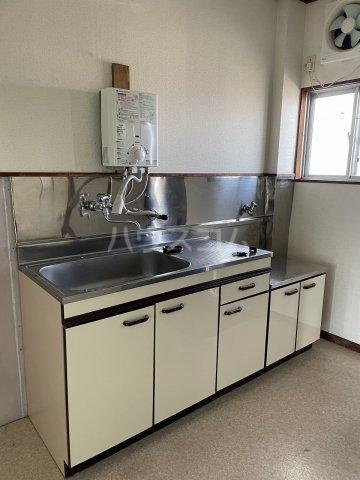 コーポ岡田 305号室のキッチン