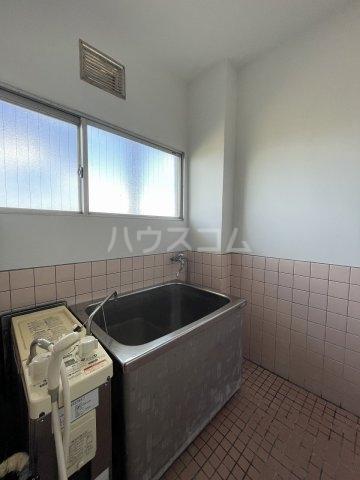 コーポ岡田 305号室の風呂