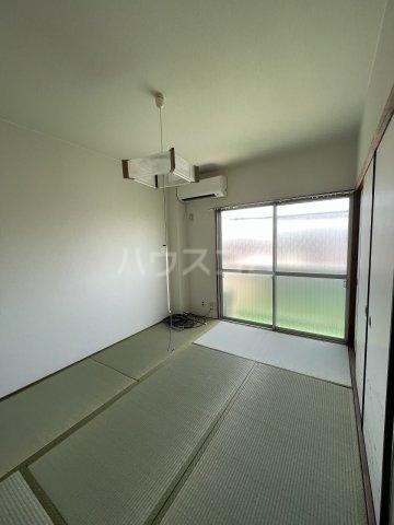 コーポ岡田 305号室のベッドルーム