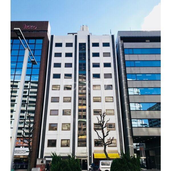 ユニーブル新栄 803号室の外観