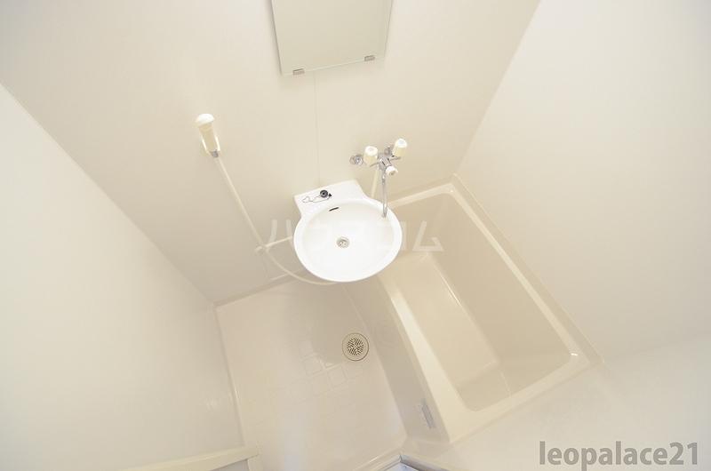 レオパレス平尾 403号室の風呂
