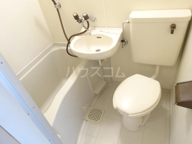 第22長栄エバグリーン桂川 401号室の風呂