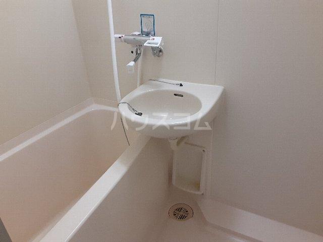 ANNEX COURT 202号室の風呂