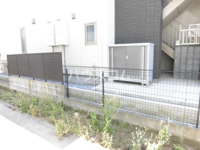 船橋プレイス 102号室の庭