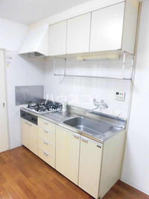 船橋プレイス 102号室のキッチン