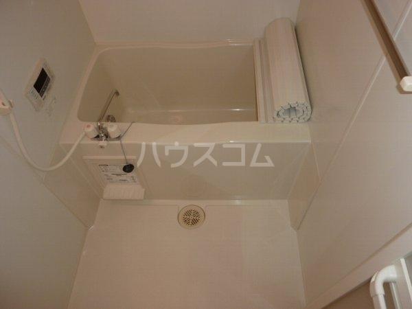 コーラルリーフ 302号室の風呂