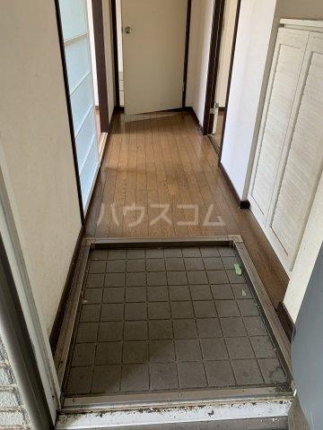 サンビレッジ清瀬 A棟 206号室の玄関