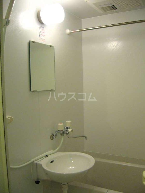 レオネクストコンフォート 天神 101号室の風呂