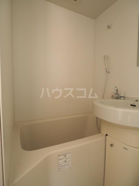 メゾンG.PRO 303号室の風呂