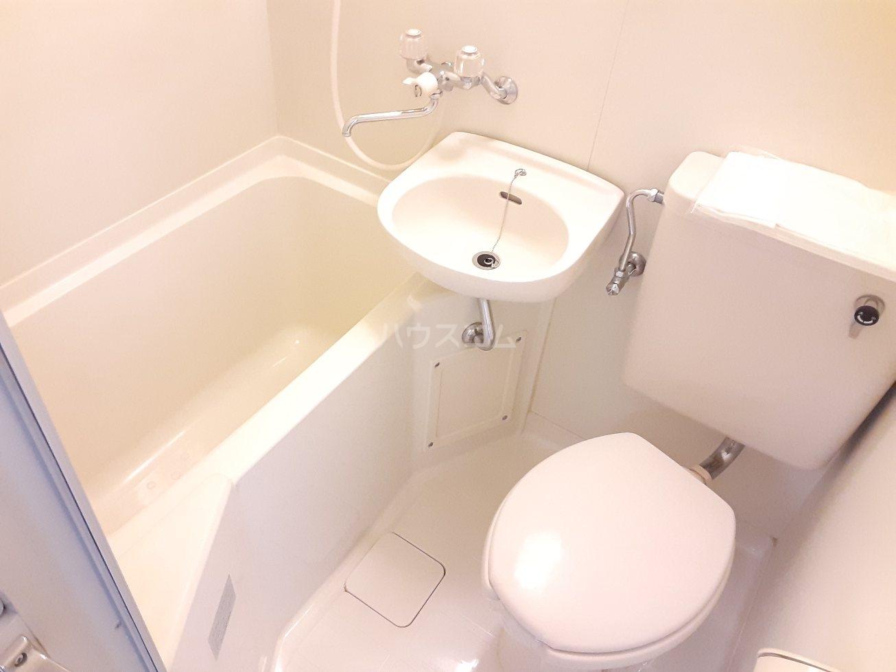 コナビック西塚 Ⅱ 2E号室の風呂