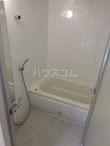 グランガーデンⅢ 3203号室の風呂